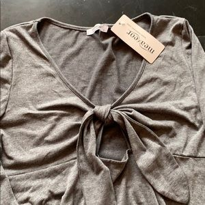 Meaneor gray maternity shirt size small